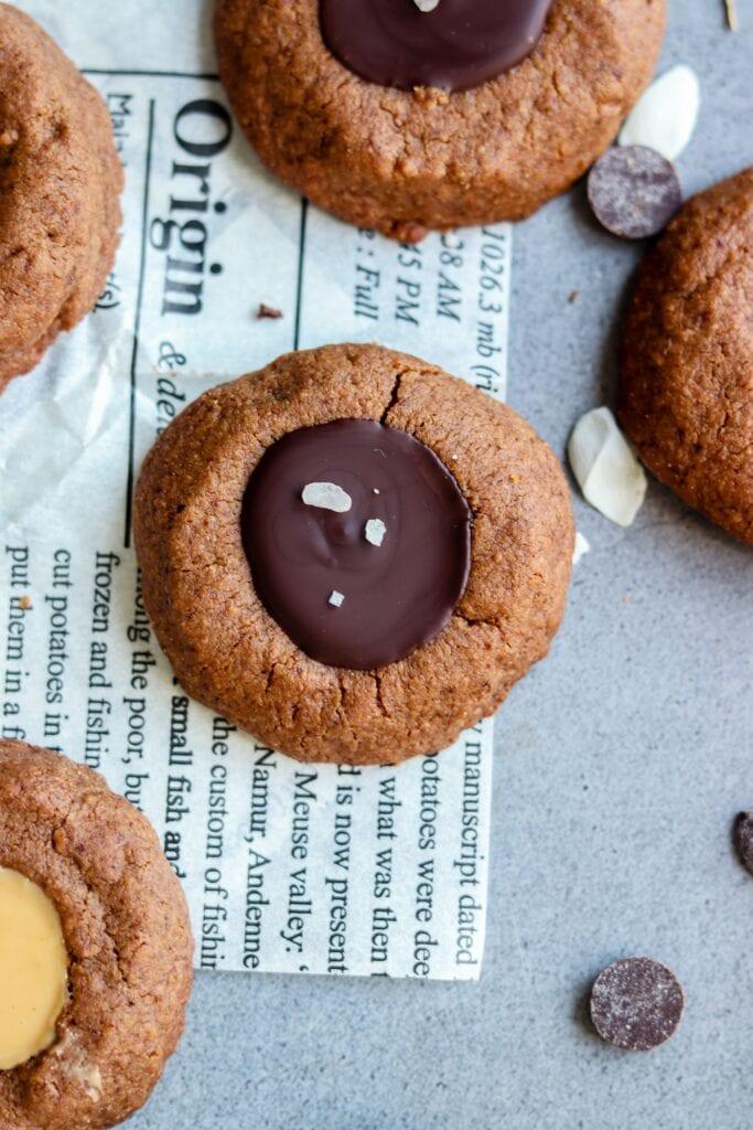 Biscuits thumbprint farine de cacahuète