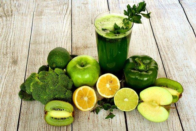 légumes et fruits verts